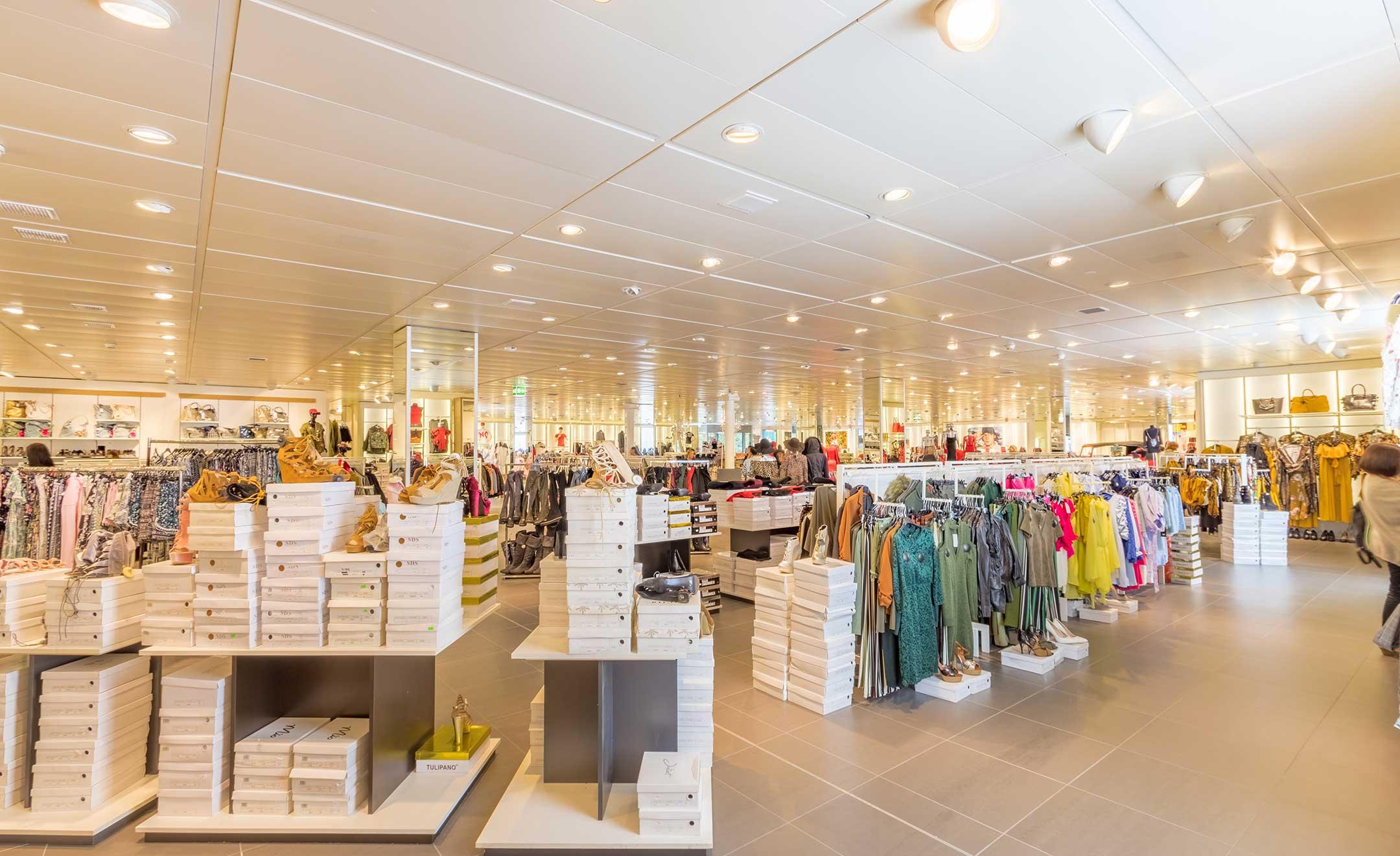 ショッピングモールのイメージ画像
